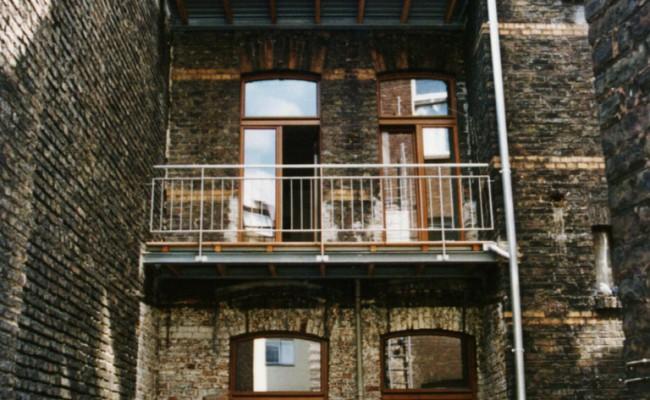 Gereonswall Balkon Neu