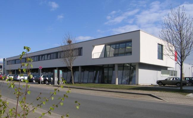 Verwaltungsgebäude außen